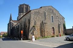 Eglise - Deutsch: Vouvant. Kirche, von N-W