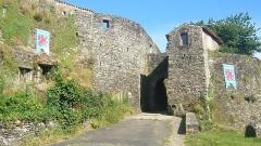 Enceinte fortifiée - La Poterne (Porte Saint-Louis)