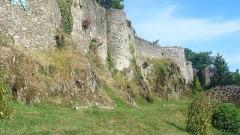 Enceinte fortifiée - English: Les remparts