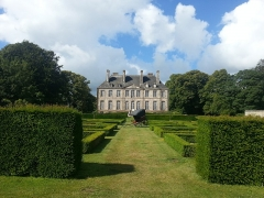 Château - Français:   Château de Carneville