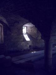 Porte de l'ancienne église abbatiale de Notre-Dame du Voeu -  Abbaye Notre-Dame du Voeu, Cherbourg-Octeville -  Cellier.
