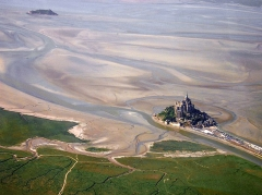 Ilot de Tombelaine -  Mont St. Michel and Tombelaine, Luftaufnahme / vue du ciel / desde el cielo / aerial photo