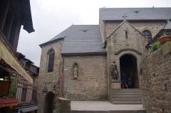 Eglise paroissiale - English: The church Saint-Pierre of Mont Saint-Michel, France