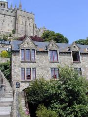Hôtel Poulard et terrain (annexe) -