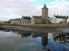 Eglise Notre-Dame - Français:   Vue de Portbail (Manche).