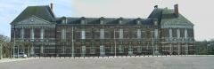 Château - Français:   Chateau et mairie de Torigni sur Vire, commune du département de La Manche, Normandie, France