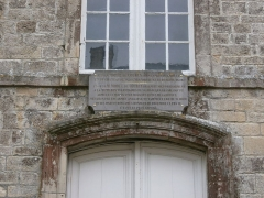 Hôtel de Grandval-Caligny - Français:   Hôtel Grandval-Caligny, rue des religieuses, Valognes - Plaque commémorative