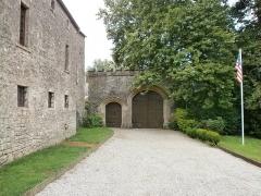 Château de Servigny - Français:   Yvetot-Bocage - Château de Servigny, portail