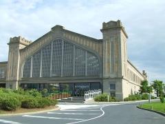Ancienne gare maritime - British photographer