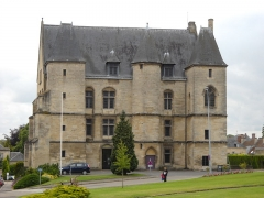 Ancien château des Ducs - English: The 14th century castle of Argentan, Orne, France.