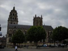 Eglise Saint-Germain - English: The 14-17th Saint Germain Church, in Argentan, Orne, France.