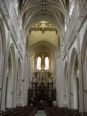Eglise Saint-Germain - English: The interior of the 14-17th Saint Germain Church, in Argentan, Orne, France.