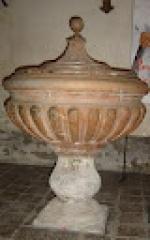 Eglise - Français:   fonts baptismaux, socle et couvercle de pierre