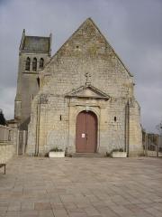 Eglise - Français:   église Notre Dame Du Port vue de l\'entrée