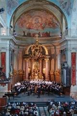 Eglise Notre-Dame ou de la Gloriette -  Abside de Notre Dame de la Gloriette pendant une audition de la Maîtrise de Caen