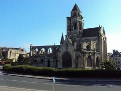 Ancienne église de Saint-Etienne-le-Vieux, actuellement magasin communal - Eglise Saint-Etienne-le-Vieux à Caen - juin 2012