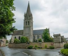 Eglise - Nederlands: Douvres-La-Delivrande (Douvres) Churchyard