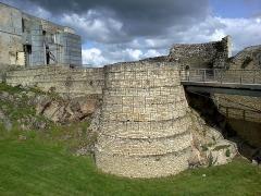 Château fort, actuellement collège -  Calvados Falaise Chateau Guillaume Le Conquerant Donjon Entree 23042016