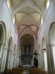Eglise Notre-Dame de Guibray -  Calvados Falaise Eglise Notre Dame De Guibray Nef 06062016