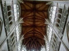 Eglise de la Trinité -  Calvados Falaise Eglise Trinite Choeur Voute Chataignier 25012015
