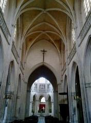 Eglise de la Trinité -  Calvados Falaise Eglise Trinite Nef 25012015