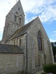 Eglise - Français:   chevet de l\'église St Martin