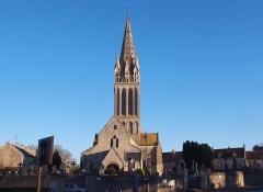 Eglise - Français:   Langrune-sur-Mer (Normandie, France). L\'église Saint-Martin.