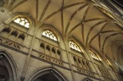 Eglise Saint-Michel - English: Vault of church Saint-Michel in Pont-l'évêque (Normandy, France)