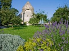 Restes du prieuré de Saint-Gabriel, puis Centre d'apprentissage horticole -  Église de l'ancien prieuré Saint-Gabriel (Calvados, France)