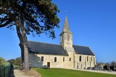 Eglise - Français:   Saint-Pierre-du-Mont (14)