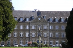 Couvent de Blon -  Vaudry (Normandie, France). Bâtiment principal de Blon.