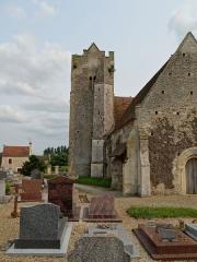 Eglise de Grisy - Français:   Tour de l\'église Saint-Brice de Grisy à Vendeuvre (14) vue du nord-ouest