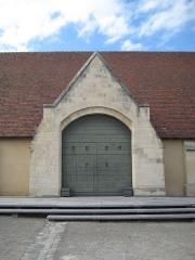 Ancien manoir de l'abbaye du Mont-Saint-Michel, dit Ferme de la Baronnerie - Français:   Porte de la Grange aux Dîmes du Domaine de la Baronnie de Bretteville-sur-Odon (14)