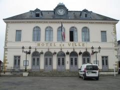 Hôtel de ville - עברית: בית עיריית אונפלור