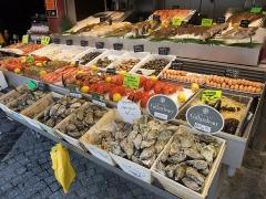Halle aux poissons dite poissonnerie - Français:   Marché aux Poissons de Trouville-sur-Mer, France