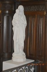 Eglise - English: Statue: Virgin and child