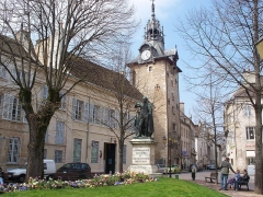 Beffroi - English: Statue of Caspar Monge in Beaune, France