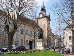 Beffroi - English: Statue of Caspar Monge in Beaune, France