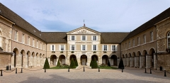Couvent des Ursulines -  This file has no description, and may be lacking other information.  Please provide a meaningful description of this file.