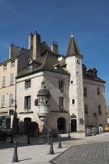 Maison du Colombier - Deutsch: Maison du Colombier in Beaune im Département Côte-d'Or (Bourgogne-Franche-Comté/Frankreich)