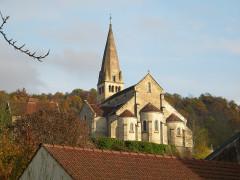 Eglise - Deutsch: Kirche St-Germain-d'Auxerre (Bligny-sur-Ouche): Westseite mit Apsiden