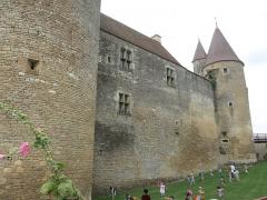 Château de Châteauneuf, actuellement musée - English: Chateauneuf castle (Côte d'Or, France) - Eastern wall.