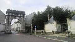 Porte de ville dite Porte de Paris - Français:   Porte de Paris, Châtillon-sur-Seine