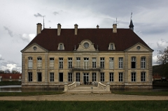 Château de Commarin -  The facade of the last building constructed open on a garden at the english mode.