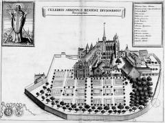 Ancienne abbaye Saint-Bénigne - French archaeologist and historian