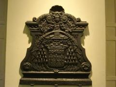 Ancienne abbaye Saint-Bénigne - Musée Saint-Remi de Reims (Marne, France); taque de cheminée aux armes de Charles-Maurice Le Tellier