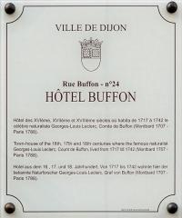 Hôtel Buffon -  Plaque d'information trilingue (français, anglais, allemand) de l'hôtel Buffon, à Dijon