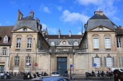 Hôtel Fevret de Saint-Mesmin - Français:   Dijon, Côte-d\'Or, Bourgogne, France