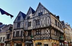 Maison dite aux Trois Visages - Deutsch: Haus mit den Drei Gesichtern, Dijon, Département Côte-d'Or, Region Burgund (heute Burgund-Franche-Comté), Frankreich