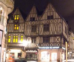 Maison dite aux Trois Visages - English: Dijon, Burgundy, France